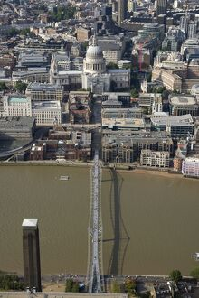 Millennium Bridge and St Paul's 24433_021