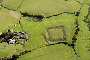 Moated site 33327_026