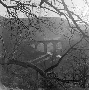 Monsal Dale Viaduct, Derbyshire AA069749