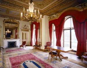 Osborne House, Council Room J070030