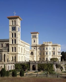 <b>Osborne House</b><br>Selection of 99 items