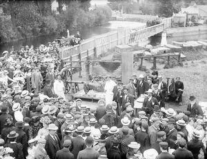 Ox roast, Osney Bridge, Oxford 1902 CC72_02169