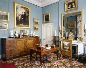 Prince Consort's Dressing & Writing Room, Osborne House J070020