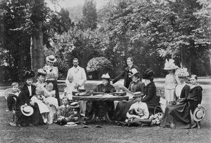Queen Victoria and family, 1898 M888557