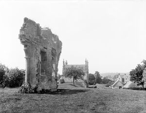 Ruins of Campden House CC72_00974