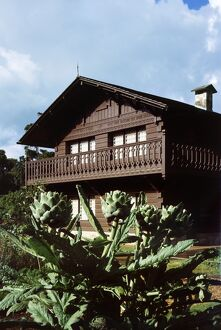 Swiss Cottage at Osborne House K020950