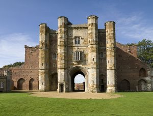 Thornton Abbey Gatehouse N080291