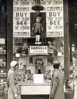 historic images/1900 1945 photos 1930s/tich window display sam01 04 0048