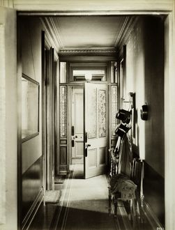 Victorian entrance hall BL09661