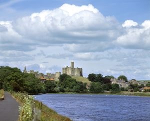 Warkworth Castle K040292