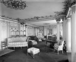 Witley Court Drawing Room c.1920 BL25086